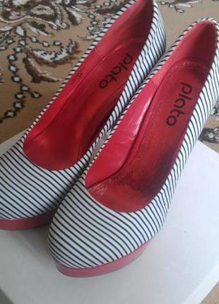 Туфлі plato