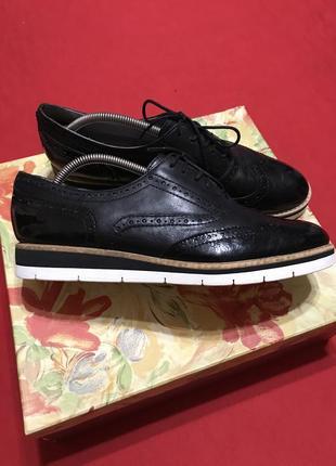 Брендовые туфли-оксфорды