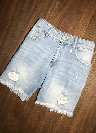 Женские джинсовые рваные стильные  шорты бермуды clockhouse