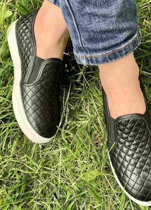 Туфли слипоны р.39,40