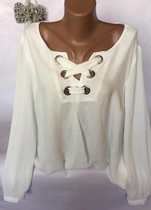 Крутанула стильная блуза