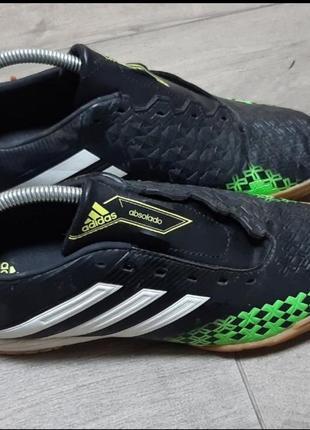 Сороконожки, кроссовки, бутсы, копы adidas
