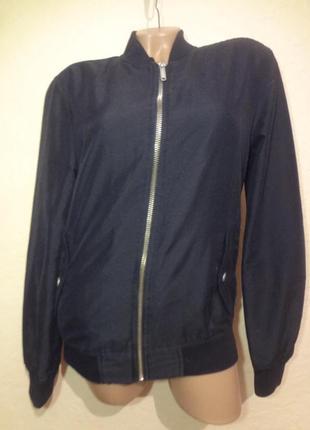 Куртка бомбер bershka размер s m