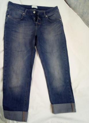 Укороченные джинсы, капри motivi