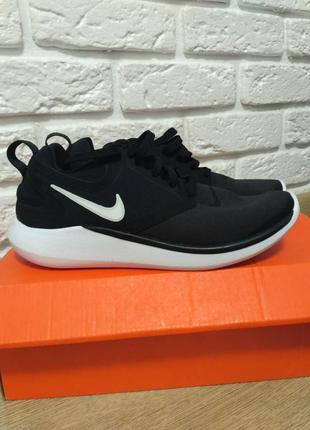 Кросівки nike нові одягались лише для примірки, 36 розмір по стельці 22,5