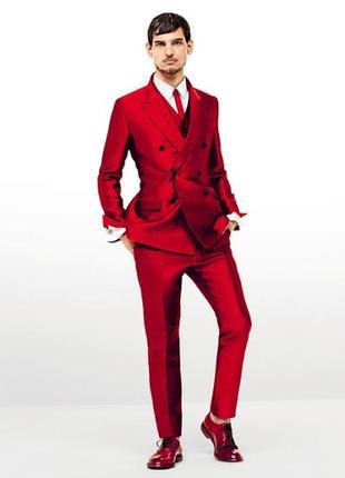 Красный  узкий кожанный галстук