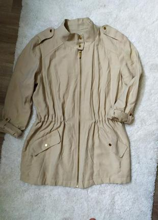 Легкая куртка ветровка zara
