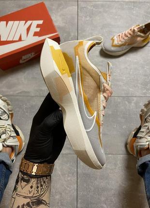 Женские кроссовки nike vista grey yellow