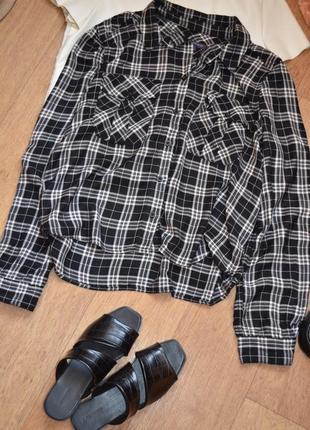 M&s рубашка прямая укороченная в клетку клетчатая черная с белым оверсайз модная