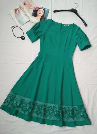 Шикарное платье изумрудного цвета турецкого бренда awoss