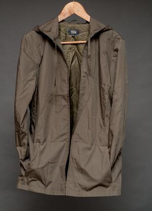 Tcm. куртка женская на молнии цвета хаки с капюшоном и карманами.