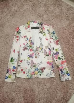 Пиджак из вискозы