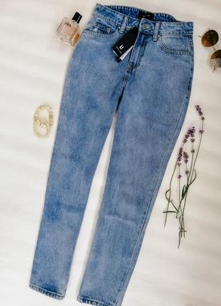 Мом джинсы от lost ink