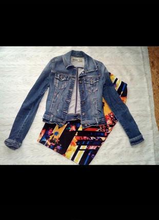 Стильный джинсовый пиджак ждет вам)