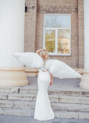 Платье свадебное со шлейфом разм 44