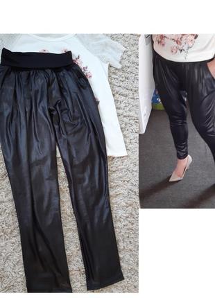 Стильные легкие брюки под кожу, pronto/италия,  р.10-12