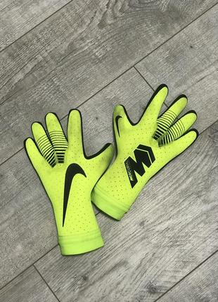 Вратарские перчатки nike mercurial  nike mercurial touch elite