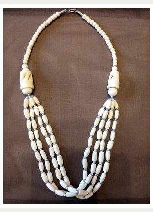 Ожерелье из кости в этническом стиле