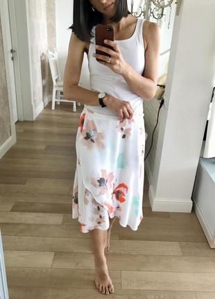Красивая легкая юбка в цветочный принт от ghost.