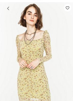 Летнее короткое платье befree