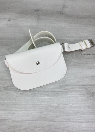 Женская поясная сумка бананка летняя белая