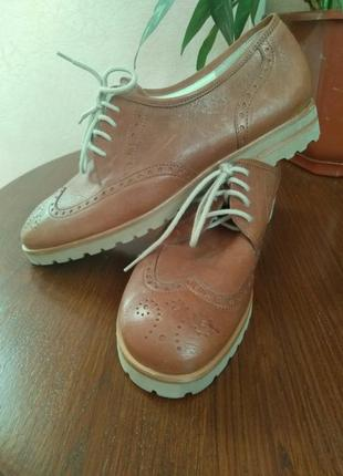Женские кожаные туфли оксфорды