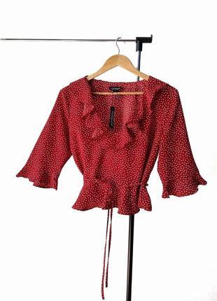 Модная укороченная блузка топ в горох topshop рюши пояс