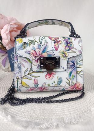 Итальянские кожаные сумки клатчи на цепочке разноцветные светлые летние borse in pelle