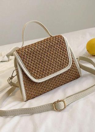 Женская сумочка на лето