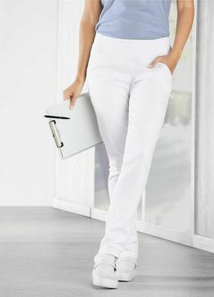 Медицинские джинсовые брюки,германия ( евро 38)