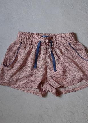 Легкие шорты на девочку