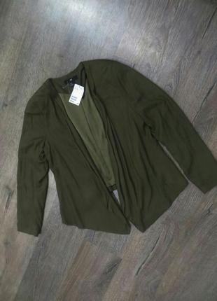 Стильный легкий пиджак.новый.