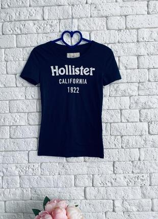 Тёмно-синяя футболка hollister в идеальном состоянии