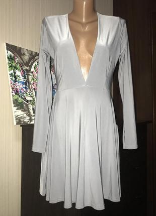 Шикарное базовое платье серое