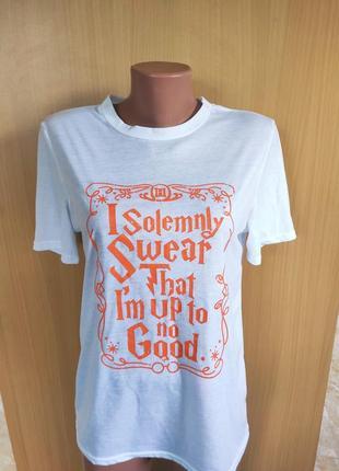 Белая свободная футболка с принтом