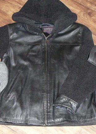 Куртка кожаная комбинированная с капюшоном