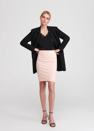 Легкая пастельная юбка с высокой посадкой