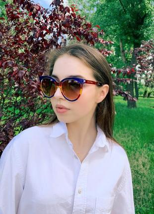 Солнцезащитные очки wayfarer (странник) женские с коричневыми линзами