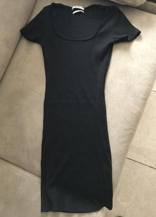 Мини платье в рубчик силуэтное