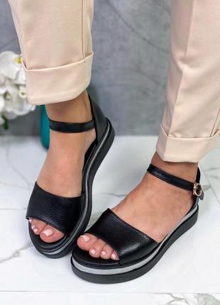 Новые женские чёрные кожаные босоножки