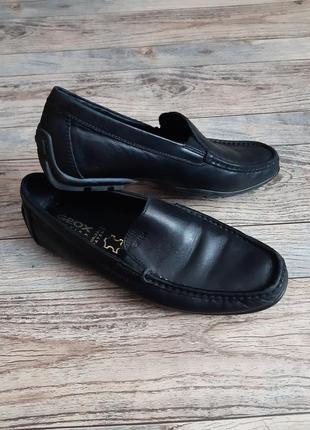 Мужские крепкие кожаные туфли мокасины geox