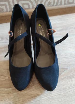 Крутые туфли tamaris