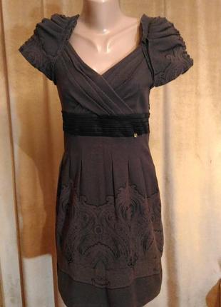 Очень красивое бандажное платье sassofono тёмно-коричневого цвета, размер 12 (46-48)