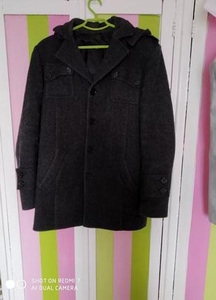 Шерстяное пальто с капюшоном и подстёжка
