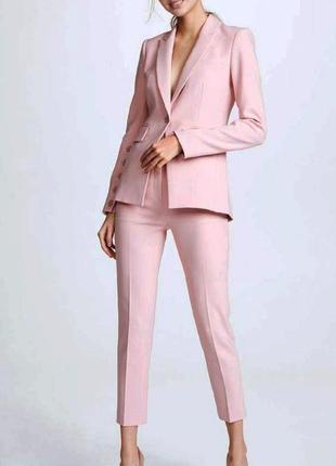 Стильные пудровые/нюдовые брюки, штаны со стрелкой короткие