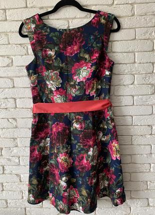 Шикарное нарядное платье oasis хлопок на подкладке
