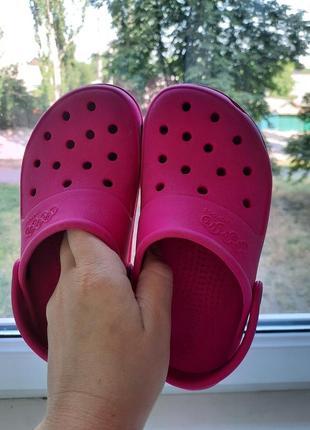Шлепанцы jibbitz  by crocs ( кроксы) на девочку