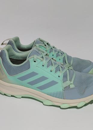 Adidas gore-tex оригинал кроссовок размер 37.5 38