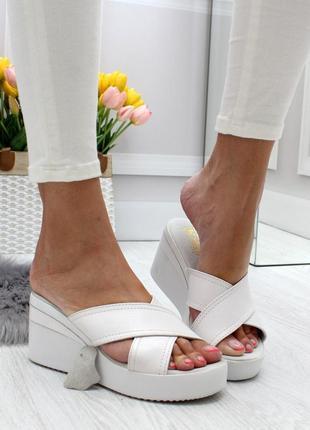 Новые женские белые шлёпки шлёпанцы натуральная кожа