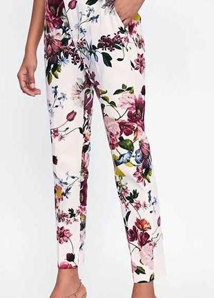 🌹🌹🌹женские летние белые зауженные, укороченный брюки 7\8, штаны в цветочный принт f&f🌹🌹🌹